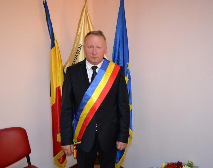 Mesajul primarului Neculai Perju pentru alegătorii din comuna Rădășeni și scrutinul din 11 decembrie 2016